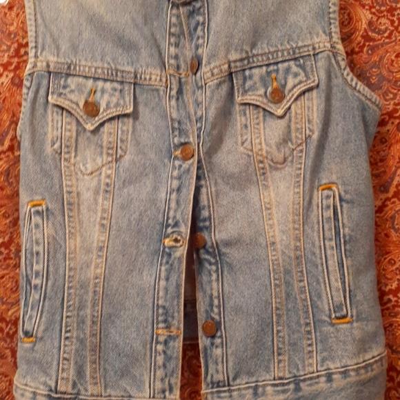 NWT Levi Strauss Blue Jean Vest (Misses) size Med.